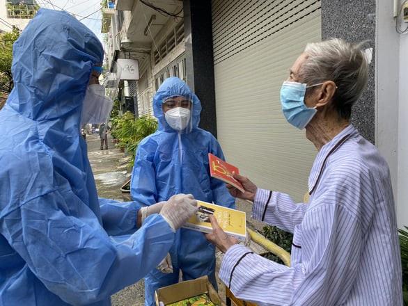 Hội Xuất bản Việt Nam thực hiện chương trình ''Sách trao tay, học ngày giãn cách'' - ảnh 1