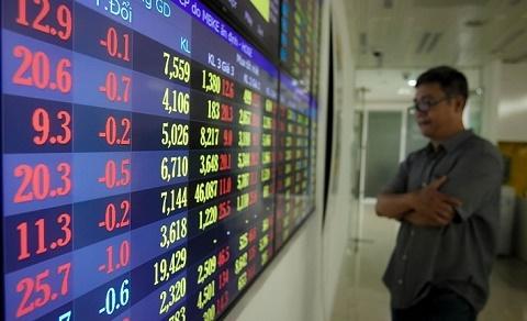 """Cổ phiếu ngân hàng đỏ lửa phiên sáng 21/9, VIB và OCB """"thoát nạn"""""""