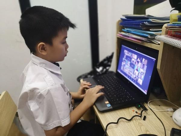 """Hà Nội: 2.345 máy tính và thiết bị quyên góp cho chương trình """"Máy tính cho em"""""""