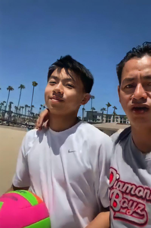 """Cặp """"nếp tẻ"""" nhà Johnny Đặng – ông vua kim cương người Việt tại Mỹ vừa xuất hiện trên YouTube đã nhanh chóng chiếm spotlight"""