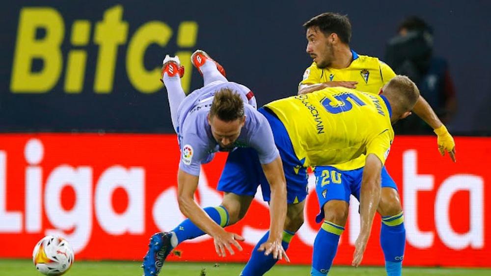 Bị Cadiz cầm hòa, Barca kém Real Madrid 7 điểm trong cuộc đua vô địch La Liga