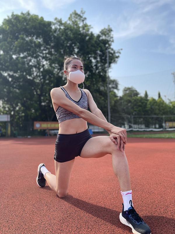 Những lưu ý vừa sức từ các bóng hồng làng thể thao để giữ sức khỏe tốt mùa giãn cách