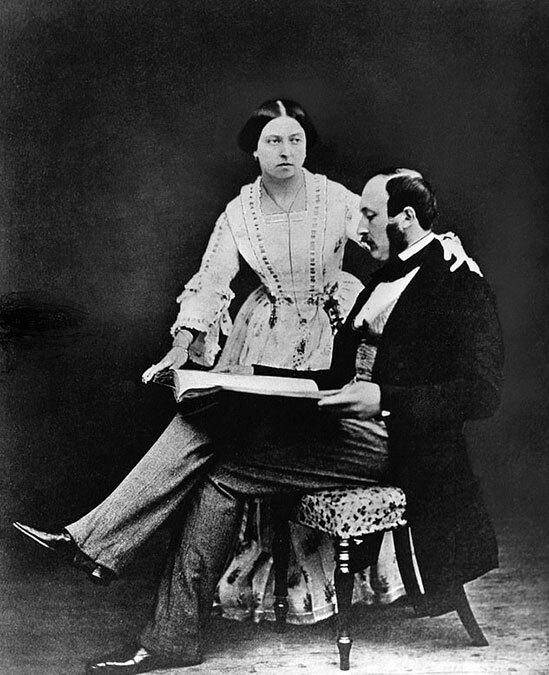 """Cuộc hôn nhân """"không như mộng"""" của Nữ hoàng Victoria"""