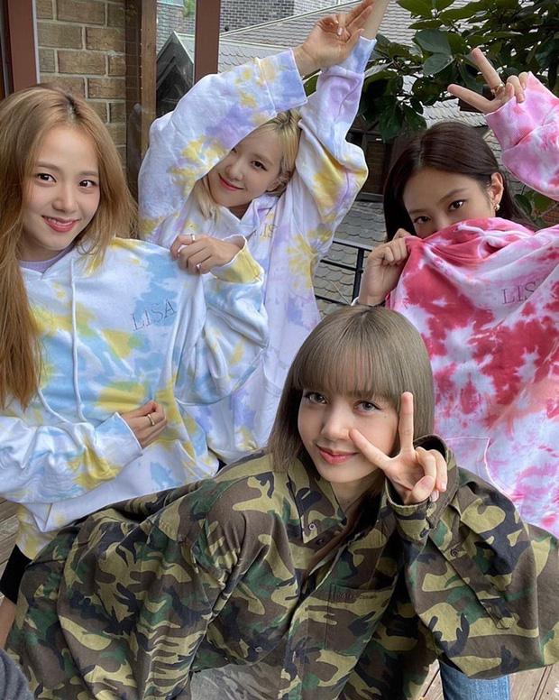 """3 thành viên BLACKPINK quẩy """"tung trời"""" mà không rủ Lisa, Rosé nhảy thì ít ôm bạn thân phát """"cẩu lương"""" thì nhiều!"""