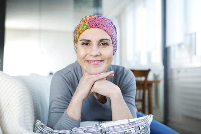 Bệnh nhân ung thư vú nên chuẩn bị gì trước khi tiêm vắc xin Covid-19?