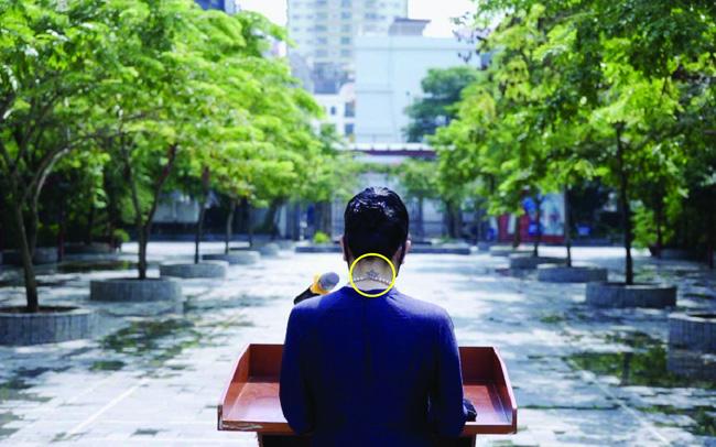 """Cô giáo Văn Thùy Dương lên tiếng về hình xăm sau bức ảnh khai giảng """"lịch sử"""""""