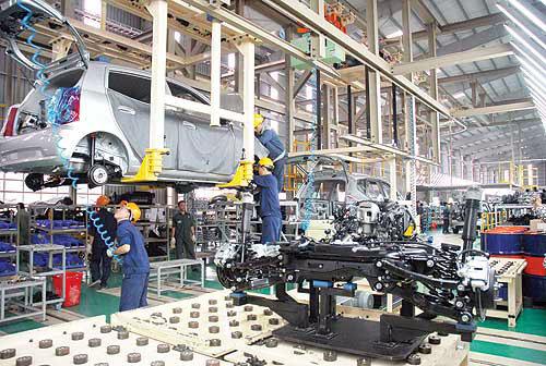 Xử lý kiến nghị về gia hạn nộp thuế, giảm lệ phí trước bạ ô tô sản xuất, lắp ráp trong nước - ảnh 1