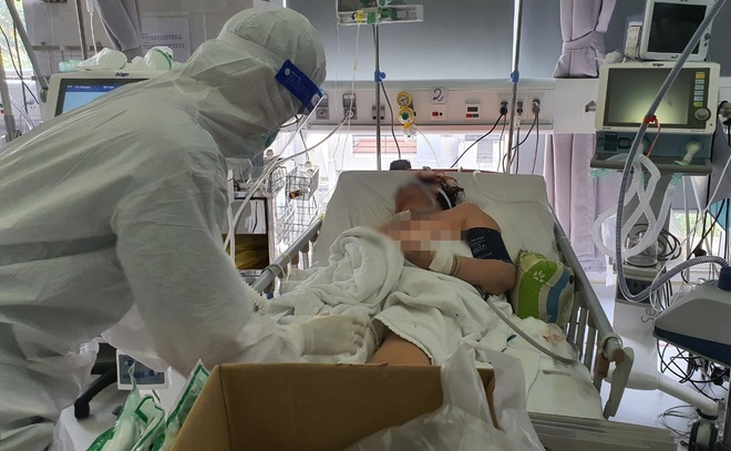 Sở Y tế TPHCM đề xuất bệnh viện tư được thu tiền điều trị Covid-19 - ảnh 1