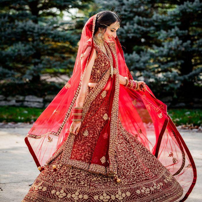Vì sao phụ nữ Ấn Độ phải xăm, mặc đồ đỏ trong lễ cưới?