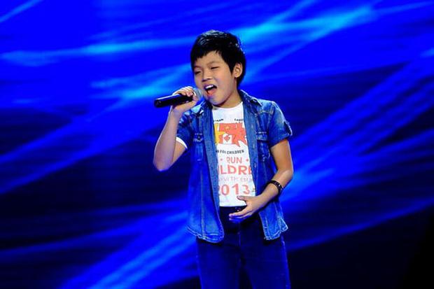 """Học trò Cẩm Ly tại The Voice Kids ngày nào giờ đã thành hot boy, lại biết """"remake"""" nhạc trẻ cực hot trên TikTok!"""
