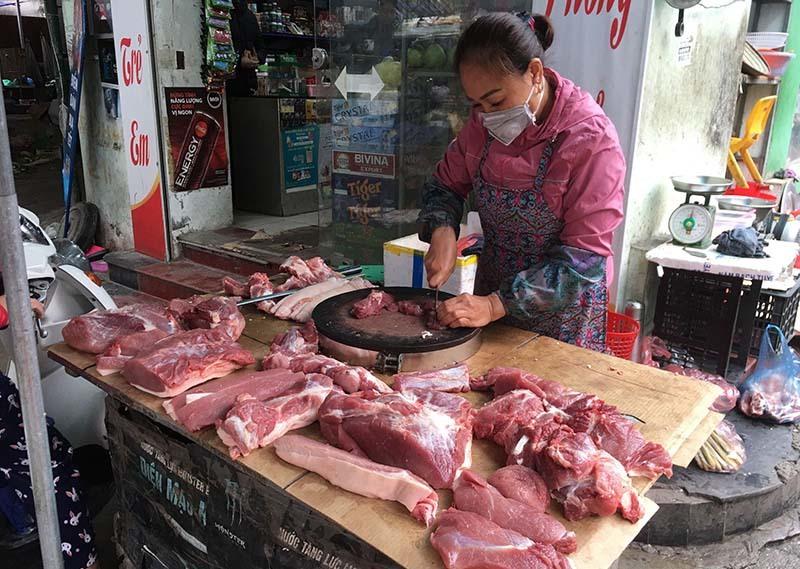 """Ra chợ mua thịt lợn, thấy 4 điểm này lập tức """"tránh xa"""", rẻ đến mấy cũng không nên mua"""