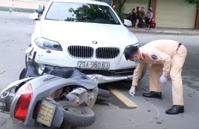 Xử lý lái xe hạng sang vượt chốt kiểm dịch Covid-19, gây tai nạn giao thông