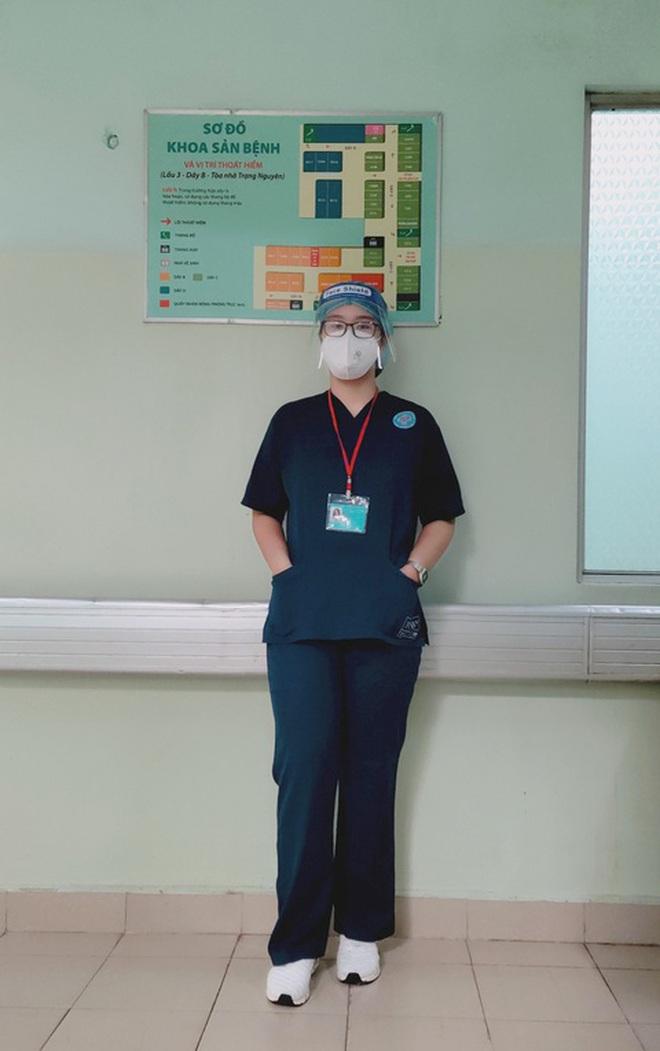 Khỏi Covid-19, nữ sinh 18 tuổi xin ở lại bệnh viện chăm sóc F0