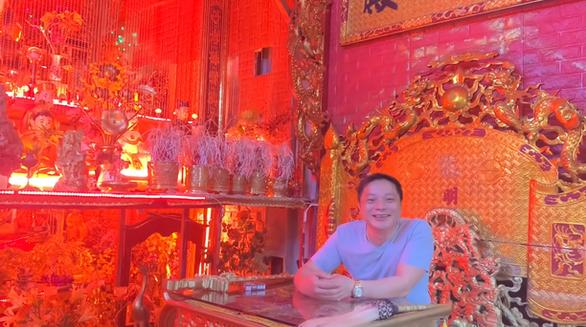 Hà Nội mời người xưng 'Ngọc hoàng đại đế' trấn yểm COVID-19 lên làm việc