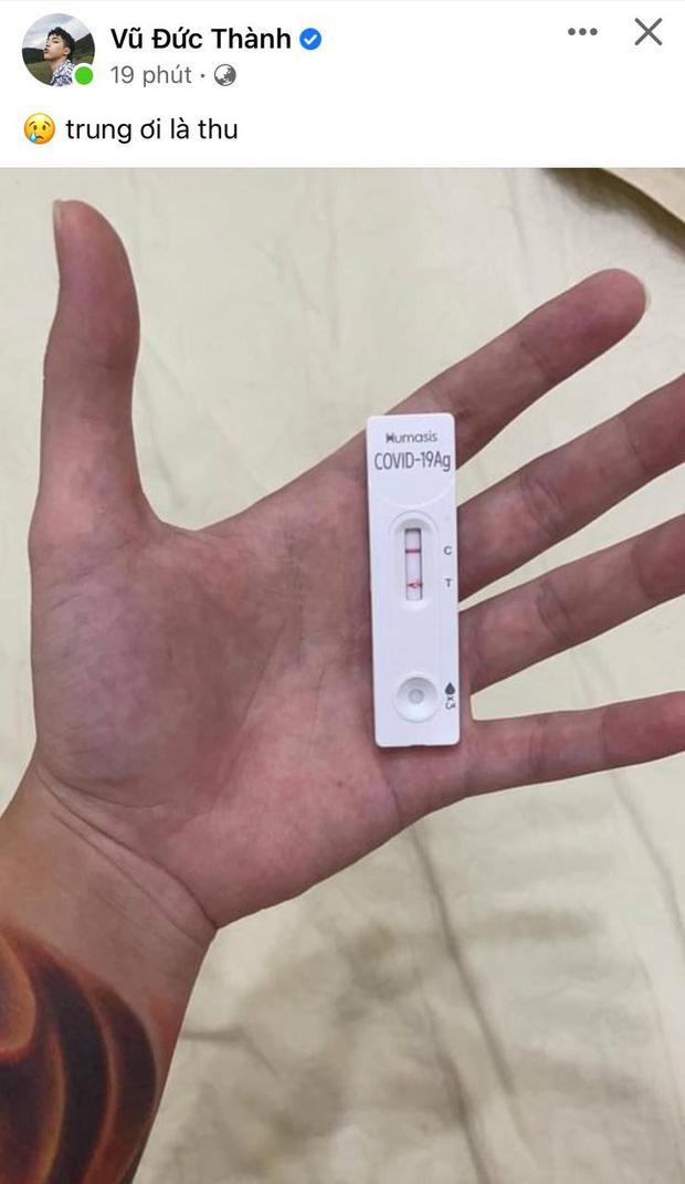 Toki Thành Thỏ (Uni5) đăng ảnh kit test nhanh hiển thị dương tính SARS-COV-2, bình luận ở dưới gây phẫn nộ - ảnh 1