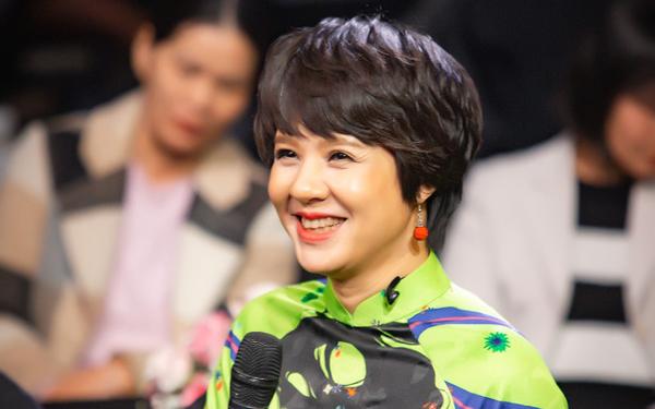 Thân thế, gia đình kín tiếng của MC Diễm Quỳnh - người vừa thay đạo diễn Đỗ Thanh Hải là Giám đốc VFC - ảnh 1