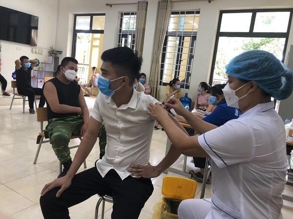 Hà Nội đã sử dụng hơn 80% liều vaccine được cấp