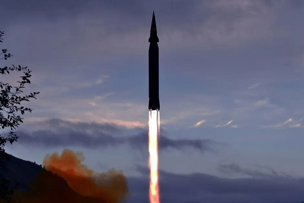 Mỹ lo ngại Nga, Trung Quốc sử dụng vũ khí siêu vượt âm