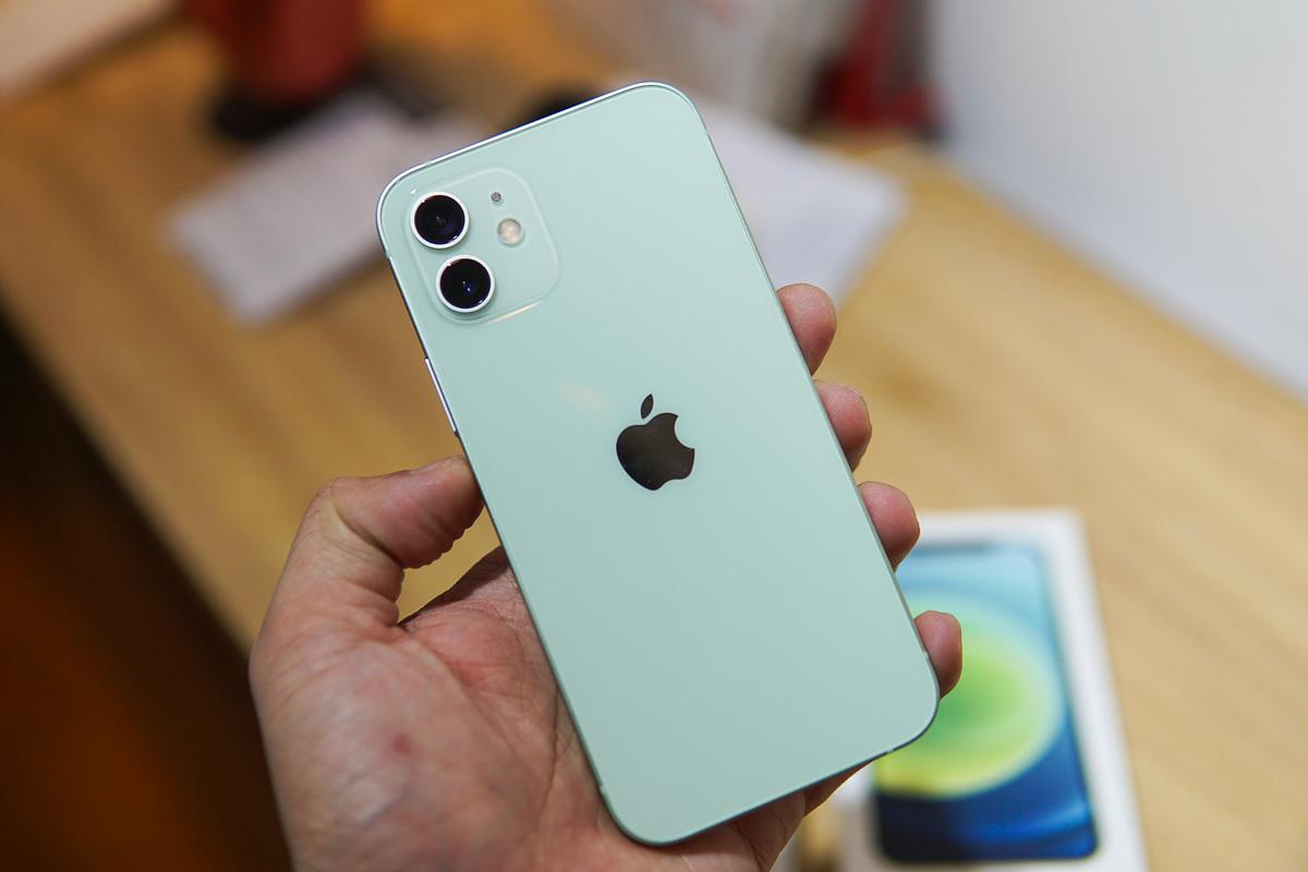 7 smartphone cao cấp giá tốt