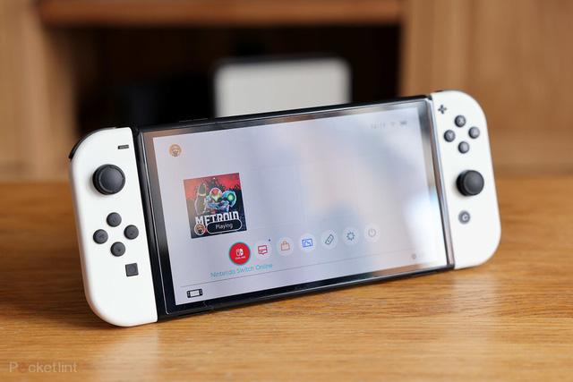 Mở hộp Nintendo Switch OLED: Đẹp tinh khôi, chơi cực đã - ảnh 1