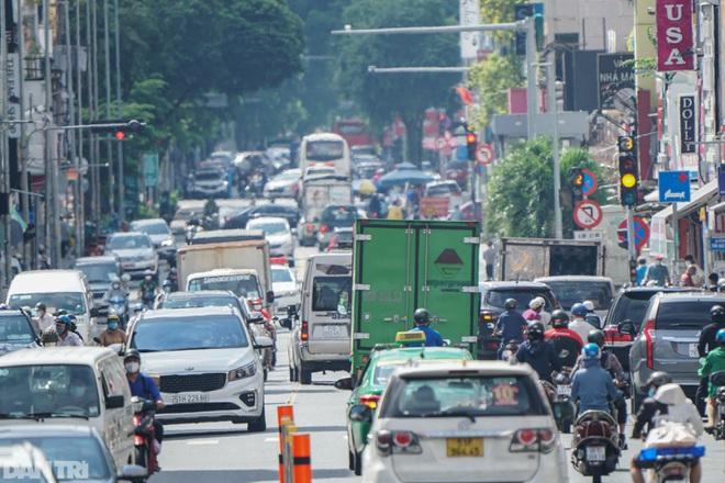 Chốt phương án đi lại bằng xe cá nhân giữa TPHCM và 4 tỉnh lân cận - ảnh 1
