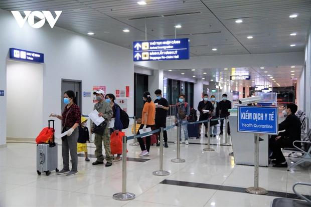 Hành khách đến Cảng Hàng không quốc tế Cát Bi không phải cách ly y tế tập trung - ảnh 1