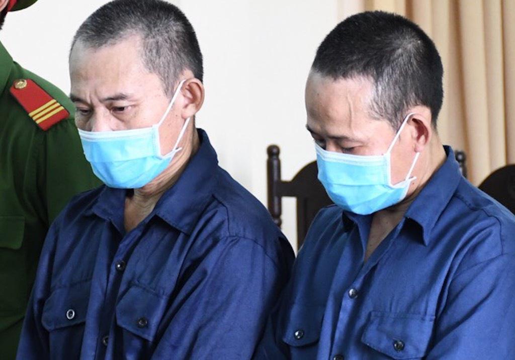 Hai anh em ruột lĩnh án tù vì đánh cảnh sát
