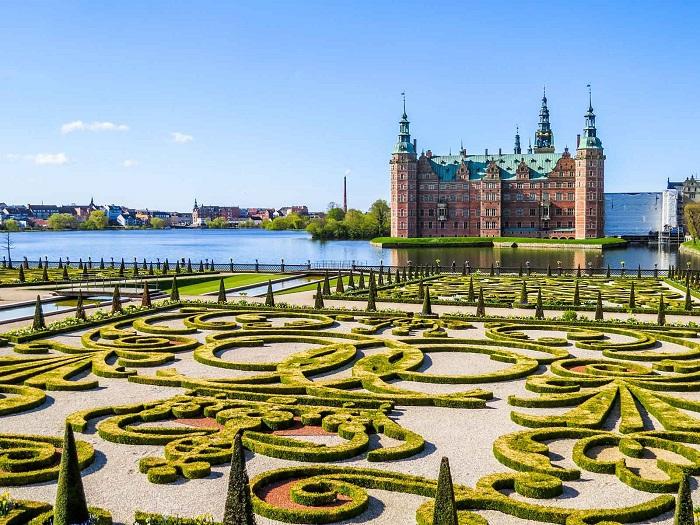 Ấn tượng trước những lâu đài đẹp nhất ở Đan Mạch - ảnh 1