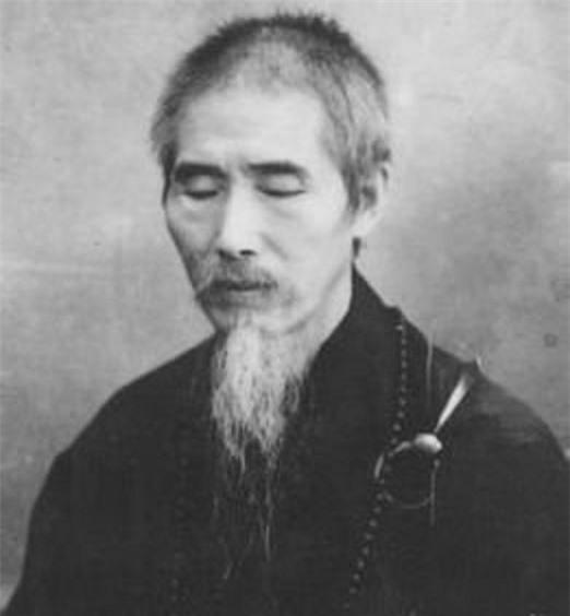 Phương trượng nào của Thiếu Lâm Tự có nội công phi phàm nhưng đoản mệnh?