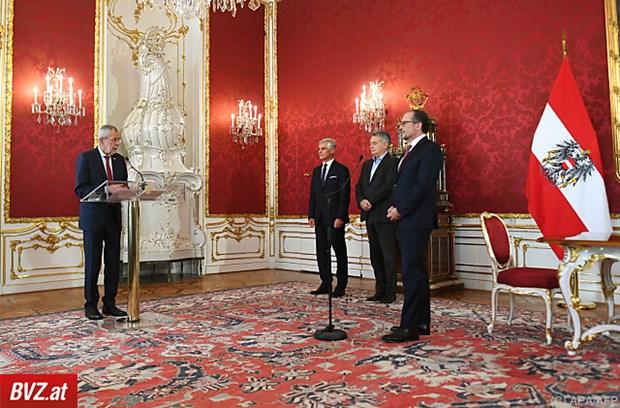 Thủ tướng mới của Áo Alexander Schallenberg tuyên thệ nhậm chức - ảnh 1