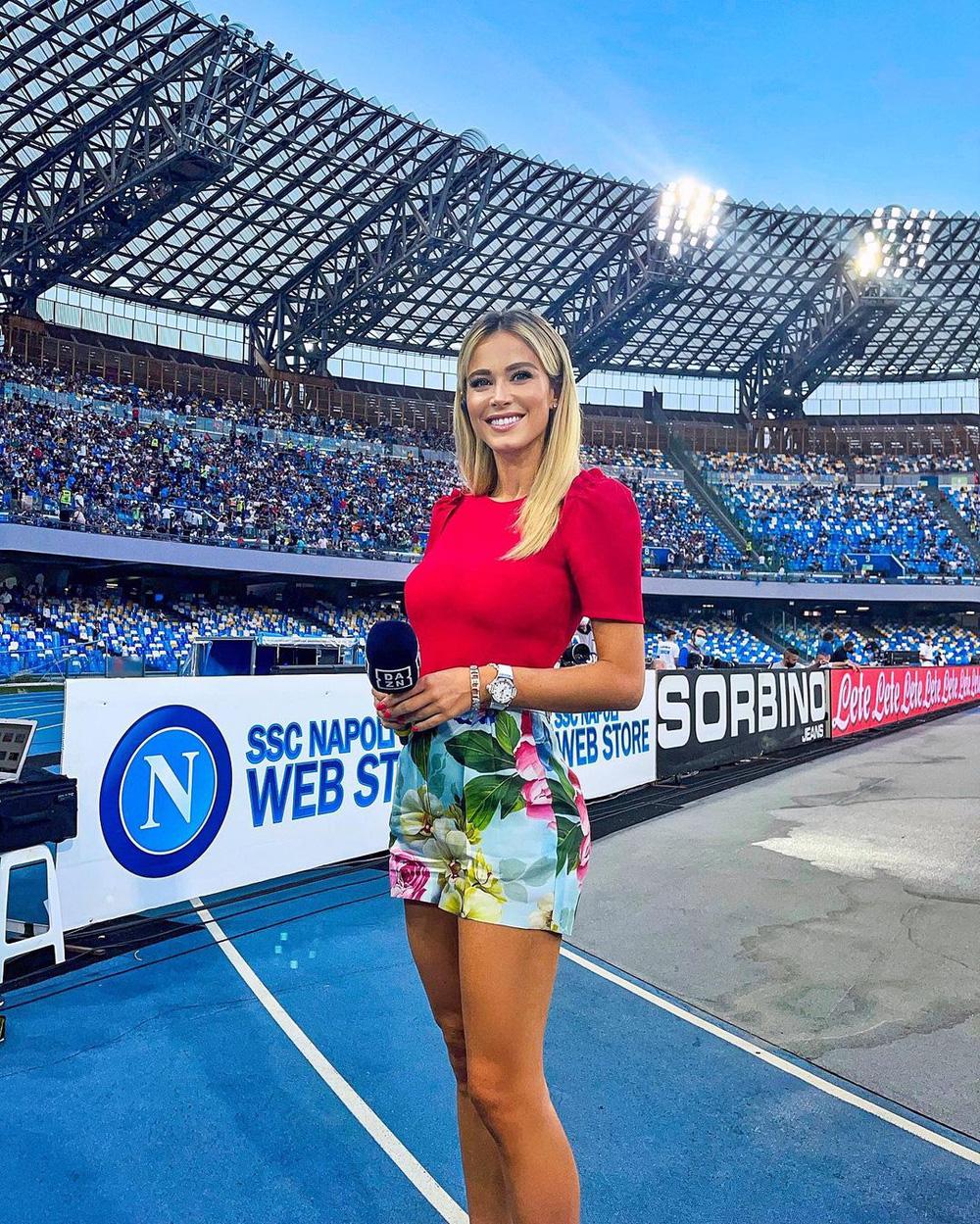 Nữ phóng viên thể thao quyến rũ nhất hành tinh úp mở về chuyện tình trường, fan mày râu được nước mở cờ trong bụng - ảnh 1