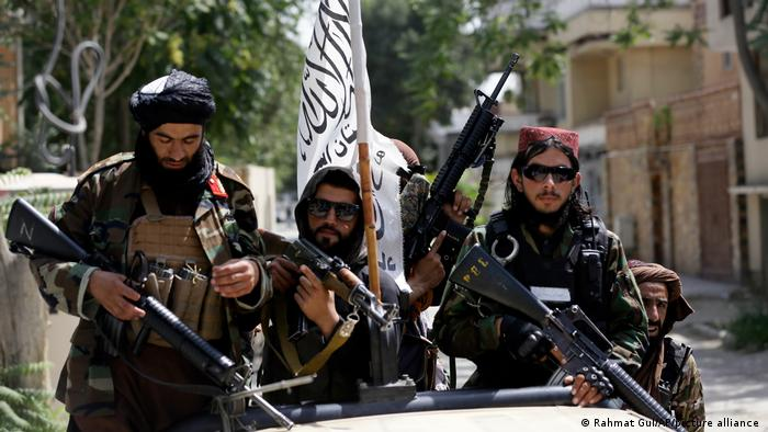 Taliban có động thái bất ngờ với các tay súng thành viên