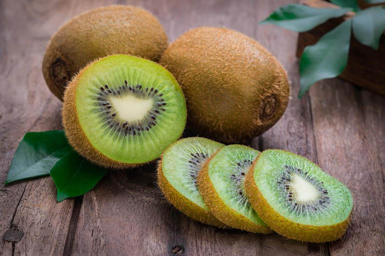 Ai đau dạ dày chớ dại ăn 5 loại quả này khi bụng rỗng - ảnh 1