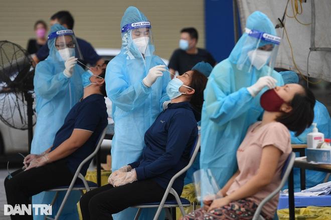 Covid-19 tại Hà Nội: Thêm 6 F0, có 5 ca liên quan Bệnh viện Việt Đức