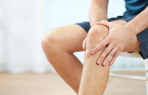 Tại sao đau nhức xương khớp khi hết giãn cách?