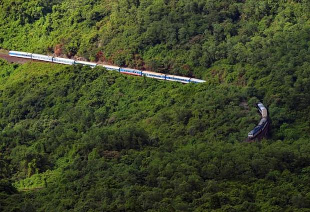 Từ 13/10, chính thức tổ chức chạy tàu khách Thống Nhất tuyến Bắc Nam và tuyến Hà Nội - Hải Phòng - ảnh 1
