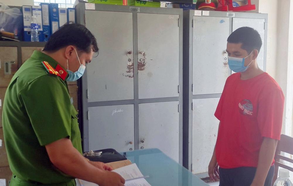 Bắt giam thanh niên trốn khai báo y tế, lây Covid-19 cho nhiều người - ảnh 1