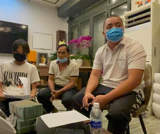 Quản lý Phi Nhung trả tiền và tặng thêm 500 triệu đồng cho Hồ Văn Cường - ảnh 1