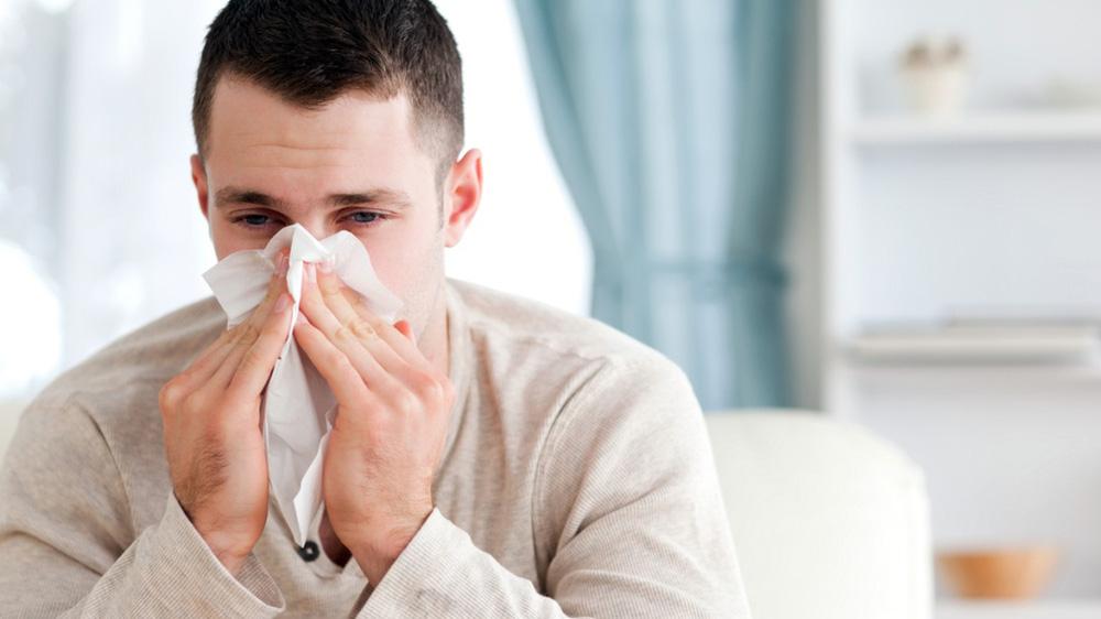 ''Đại dịch kép'': Tăng gấp đôi nguy cơ tử vong nếu mắc Covid-19 và cúm cùng lúc - ảnh 1