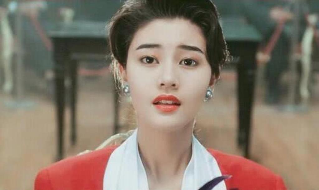 """Chuẩn đẹp mới của phụ nữ Trung Quốc khiến dân mạng """"phát cuồng"""", khen nức nở - ảnh 1"""