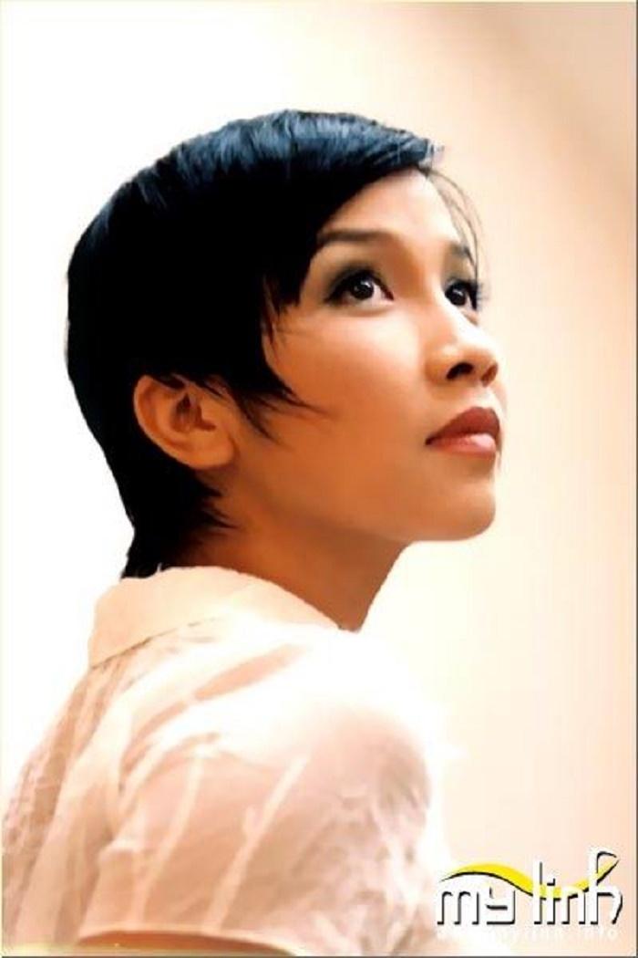 Diva Mỹ Linh tiết lộ: 'Con gái từng không tin tưởng tôi dạy hát'