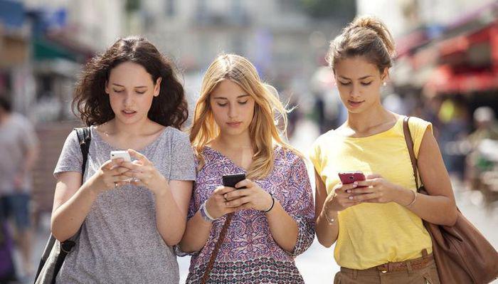 Facebook tuyên bố bảo vệ thanh thiếu niên khỏi nội dung độc hại - ảnh 1