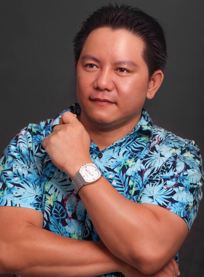 """Diễn viên Nguyễn Long: """"Làm nghệ sĩ nghèo và vô danh không phải nỗi bất hạnh"""""""