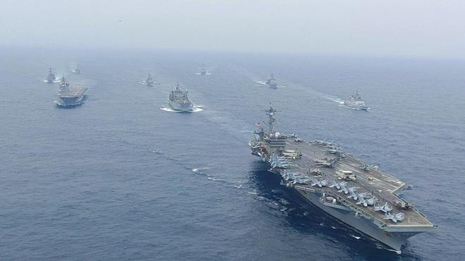 """Mỹ và đồng minh """"siết gọng kìm"""" răn đe quanh Trung Quốc"""