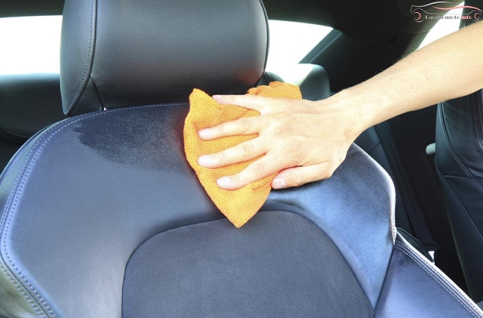 Mẹo vệ sinh ghế da/ ghế nỉ ô tô đơn giản tại nhà