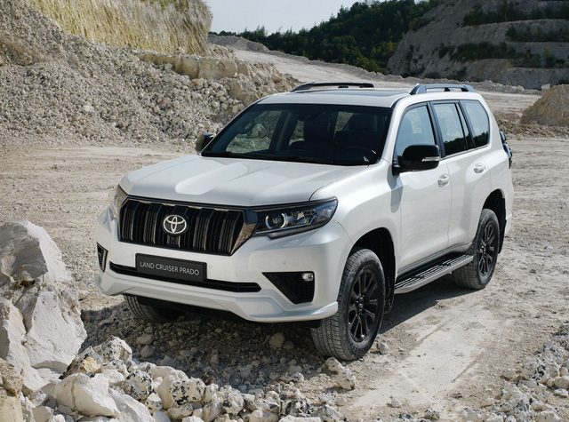 """Đại lý ồ ạt nhận cọc Toyota Land Cruiser Prado 2021: Giá dự kiến hơn 2,5 tỷ đồng, có kèm """"lạc"""", giao ngay tháng sau"""