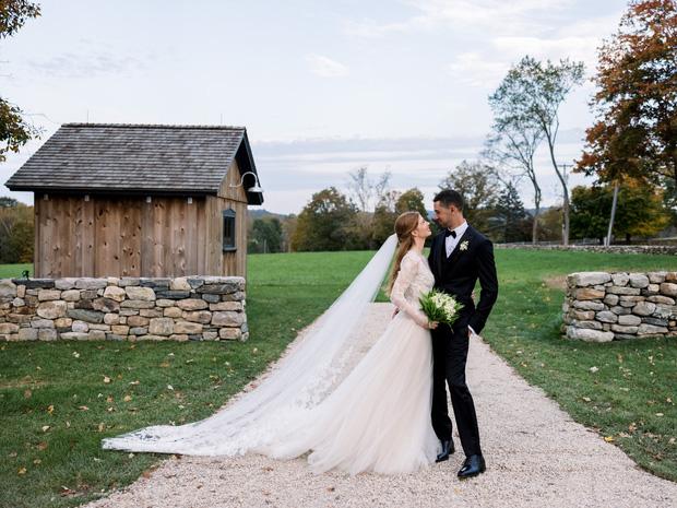 """Choáng ngợp trước loạt ảnh cổ tích trong đám cưới con gái Bill Gates: Chỉ """"giản dị"""" chi 45 tỷ đồng nhưng vẫn đẹp nức nở lòng người"""