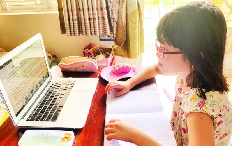 Gỡ khó cho dạy và học trực tuyến - ảnh 1