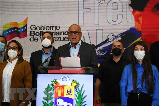 Chính phủ Venezuela tạm dừng đàm phán với phe đối lập