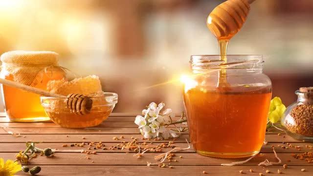 6 thời điểm uống mật ong tốt cho sức khỏe